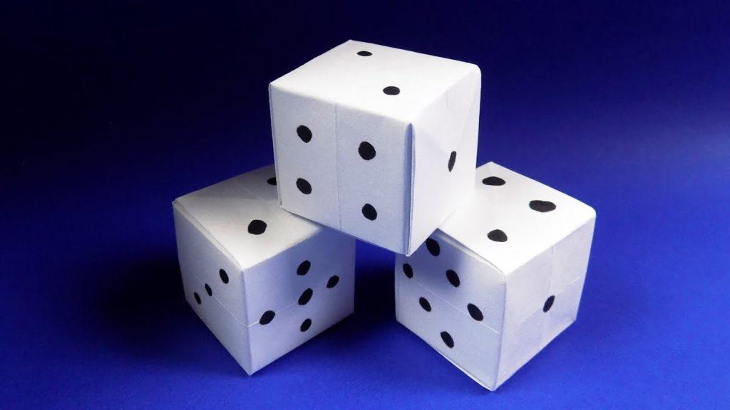 бумажный игральный кубик